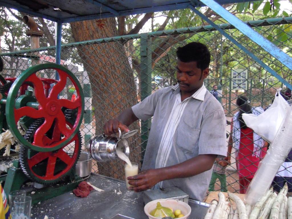 Freshly squeezed sugarcane juice - Picture courtesy: Hari